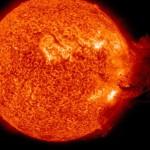 Регистрирано мощно изригване на Слънцето