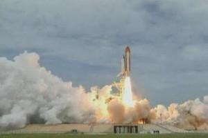 Атлантис стартира на своята последна мисия